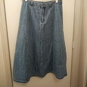 Bill Blass vintage full skirt.
